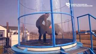 Lot w tunelu aerodynamicznym – Warszawa video