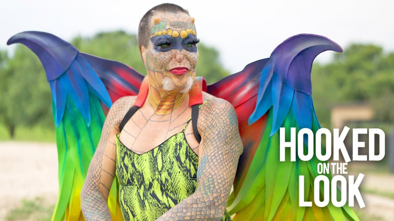 Download I Went From Hotshot Banker To Genderless Reptile | HOOKED ON THE LOOK