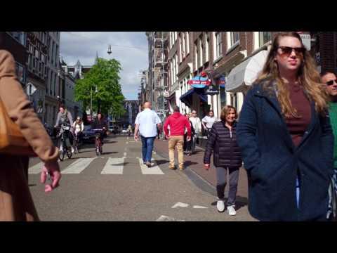 Singel Amsterdam Dames van Vermeer 2
