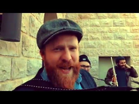Alex Clare's Impromptu Concert at the Aish HaTorah World Center