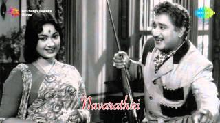 Navarathiri | Iravinil Aattam song
