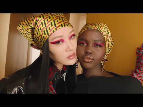 Versace - Fall/Winter 2021-2022 - Milan Fashion Week