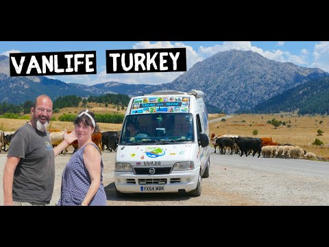 Discovering the real VAN LIFE Turkey - inland we go