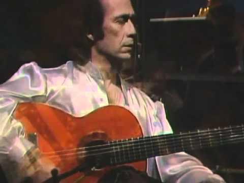 Paco de Lucía Concierto Aranjuez - Adagio: Concierto de Aranjuez - Adagio. Composición para guitarra y orquesta del compositor español Joaquín Rodrigo.