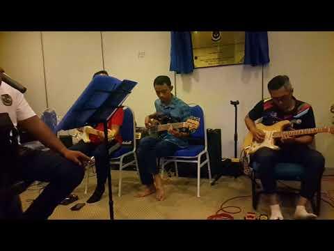 Iwan - Fantasia Musim Cinta cover by Acoy & D' Mach