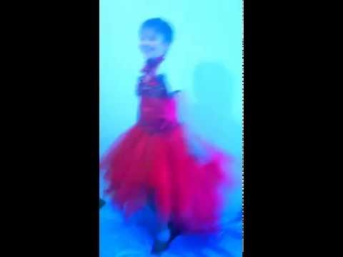 мальчик в платье