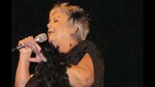 Ursula Becker singt Brecht/Weill: Song von Mandelay