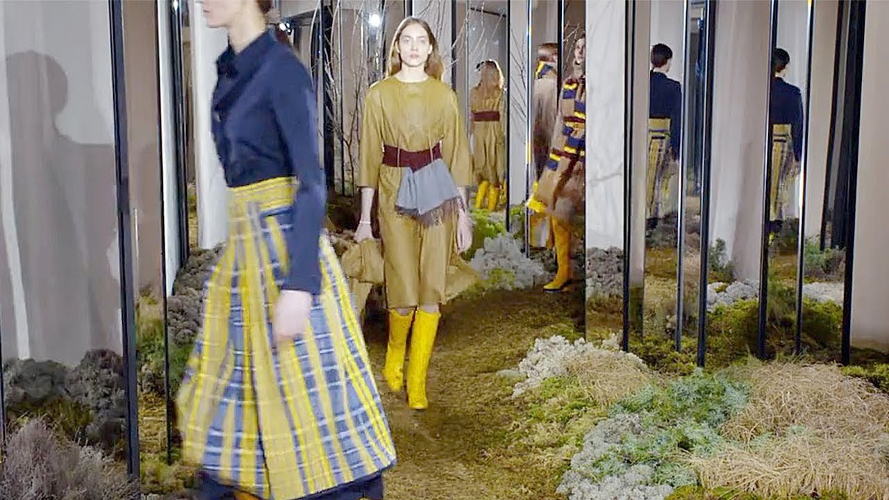 Hermes Pre Fall 2018 2019 Full Fashion Show Exclusive