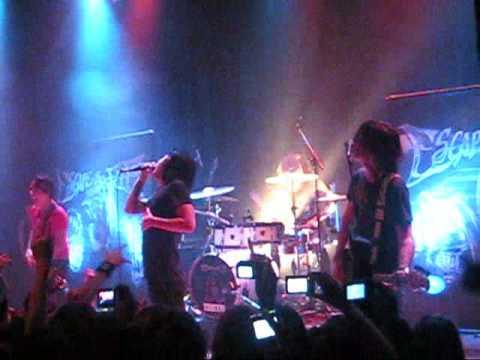 Escape the fate - My apocalypse (live in Montréal)