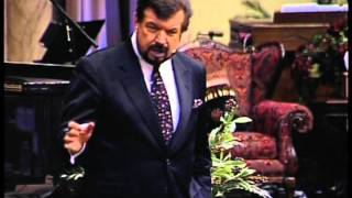 Dr. Mike Murdock - 7 Decisions That Control The Flow of Favor In Your Life