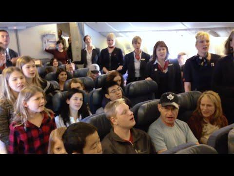 Air Canada: #CanadaCarols At 37,000 Feet | #ChantsCanada à 37000 Pieds