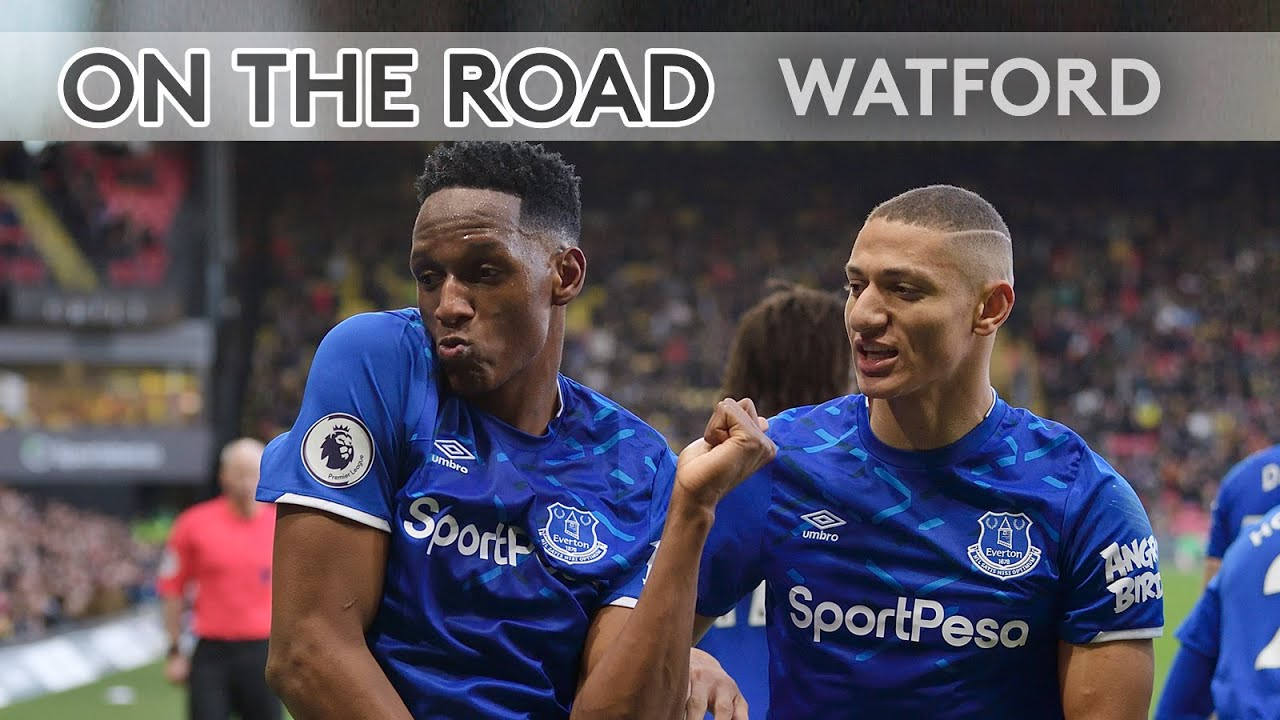Yerry Mina S Dance Away End Celebrations On The Road Watford V Everton Youtube