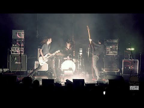 A Place To Bury Strangers Live In Bordeaux On August 29, 2018