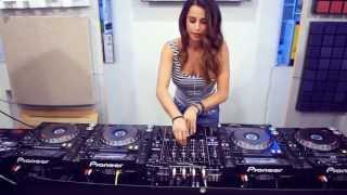 Krewella - Alive (DJ Juicy M. bootleg)