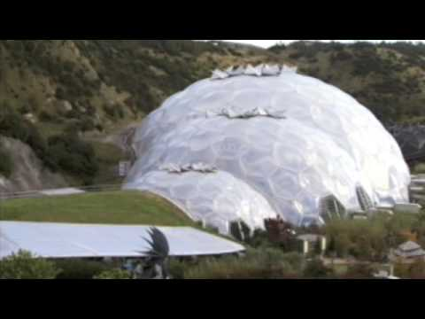 Houston, Texas, the first mega dome city - a good idea?