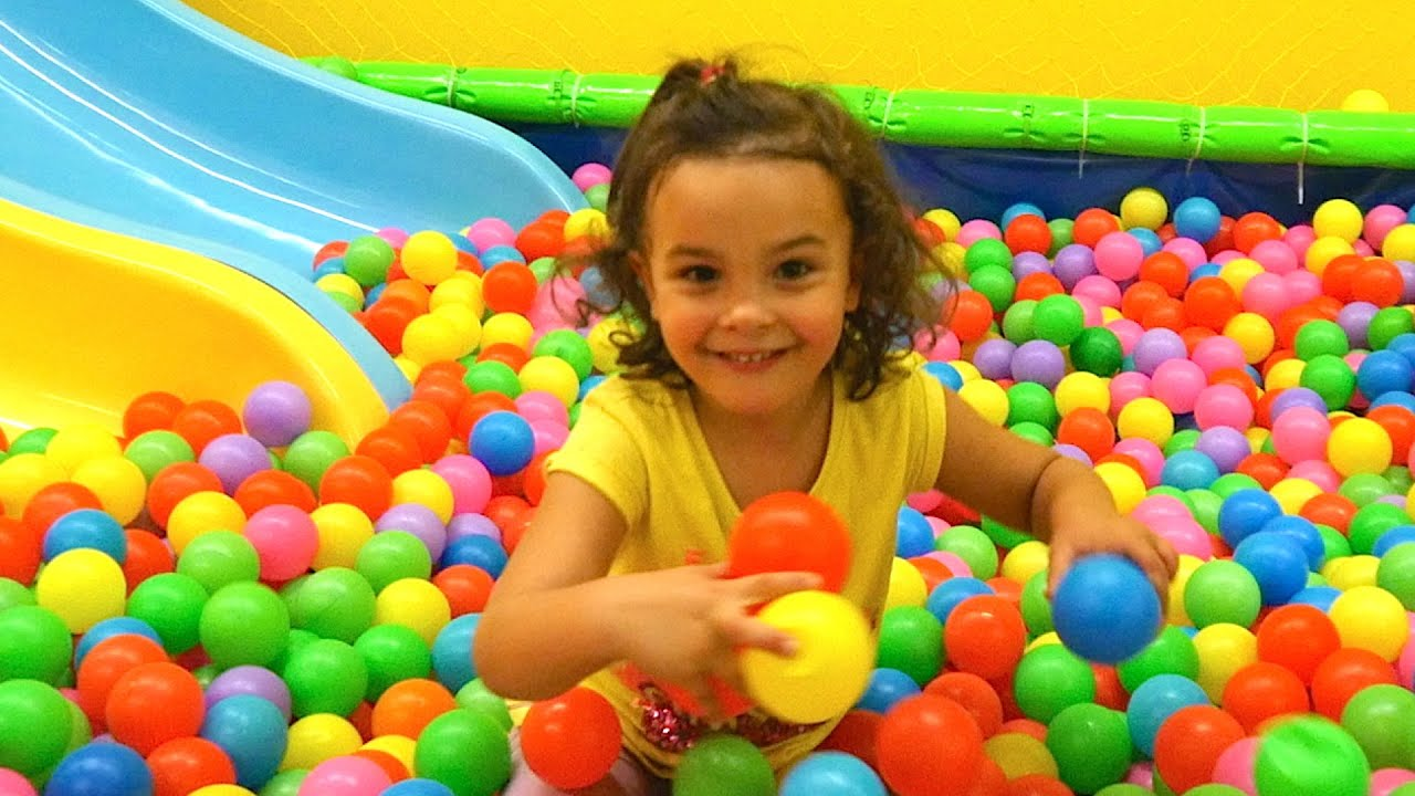 indoor playground family fun for kids funderdome indoor play area plac zabaw 2 youtube - Fun Kid Pictures