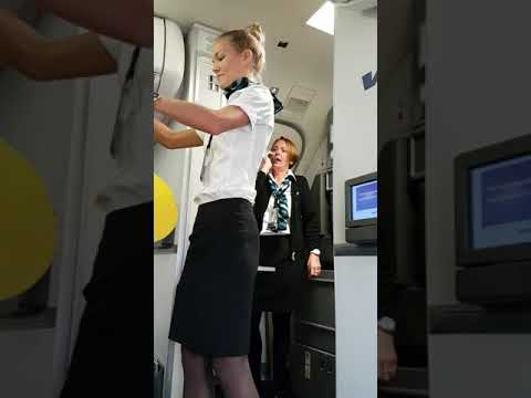 Flight attendant has us laughing before we take off