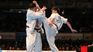 青栁茂瑠vs前田優輝 The 42th All Japan Open Karate Tournament Octofi...