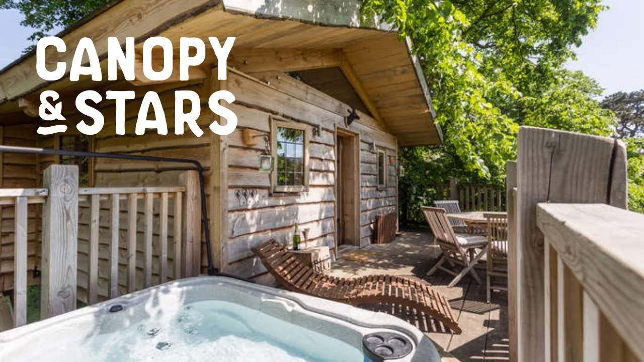 Lime Treehouse - Sawdayu0027s Canopy u0026 Stars | Gl&ing in Worcestershire & Lime Treehouse - Sawdayu0027s Canopy u0026 Stars | Glamping in ...