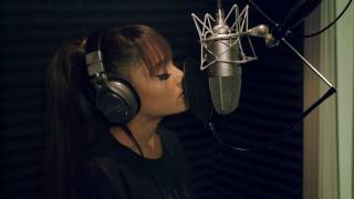 Gambar cover Beauty and the Beast Ariana Grande & John Legend Behind The Scenes Footage