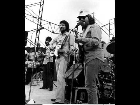 Waylon Jennings - Never Been to Spain