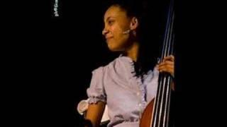 Esperanza Spalding:  Ponta de Areia