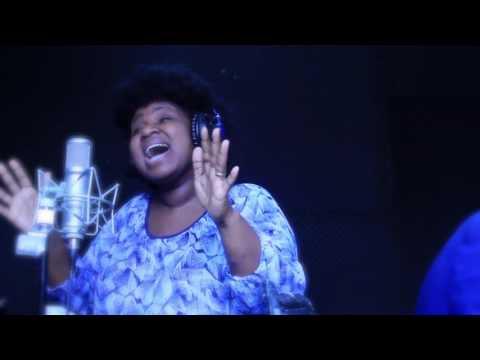 Evelyn Amo - I Give Myself