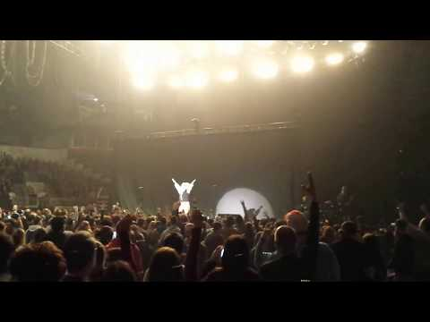 Greenday Live!! with opening sequence. (Drunk Rabbit) Revolution Radio Tour 2017.