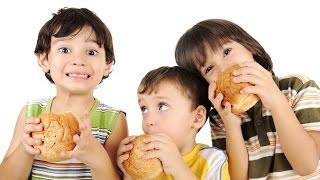 الصحة العالمية تطالب بوقف إعلانات الوجبات السريعة للأطفال على الإنترنت