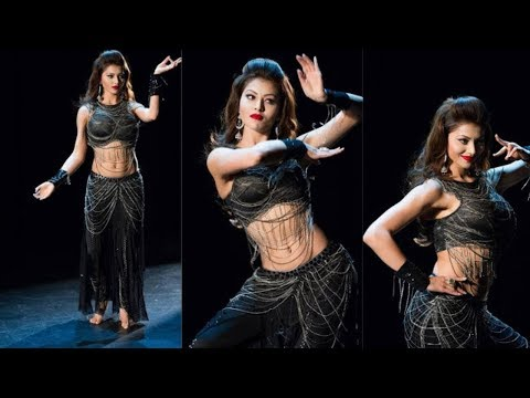 Must WATCH URVASHI RAUTELA MOST stunning dance