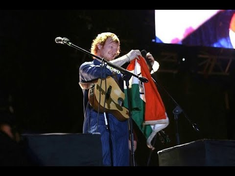 Ed Sheeran - SHAPE OF YOU (Live in India 2017) (Divide Asia Tour)