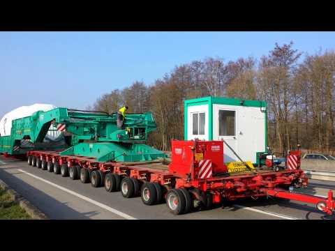 Convoi exceptionnel 109 mètres de long, 800 tonnes