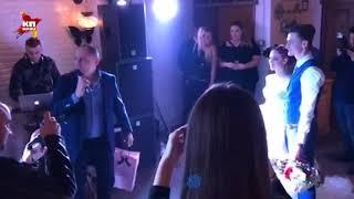 Сексолог Павел Раков вручил Шурыгиной белье для первой брачной ночи