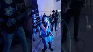 Rock Me Knee's Lagu Kebebasan (Power Metal Cover) Live Fearman Syahtriani