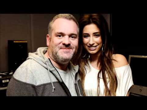 stacey solomon and chris moyles dating show From 11 march 2012, stacey solomon and chris moyles presented sky living's dating show the love machine in spring 2012, stacey solomon starred in an episode of mad mad world on itv with eamonn holmes and stephen k amos.