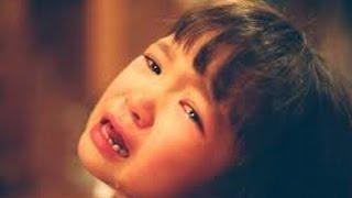 【感動】「ママ、今日出かけないで」パートの直前に突然大泣きする7歳の娘。家を出れずにいると、信じられないニュースがTVに… thumbnail