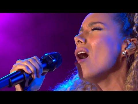 Leona Lewis  Bleeding Love   in Germany on 11th June 2018 CEBIT 2018