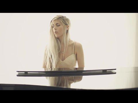 Смотреть клип Fall For You - Julia Westlin