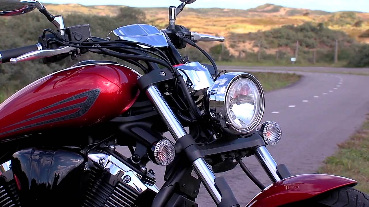 yamaha xvs 1300 custom 2014 youtube. Black Bedroom Furniture Sets. Home Design Ideas