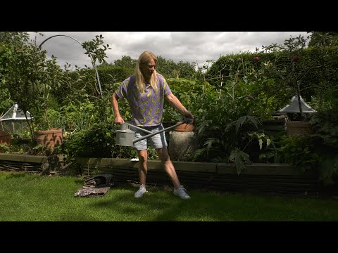 Summer Gardening Hacks:  WATERING