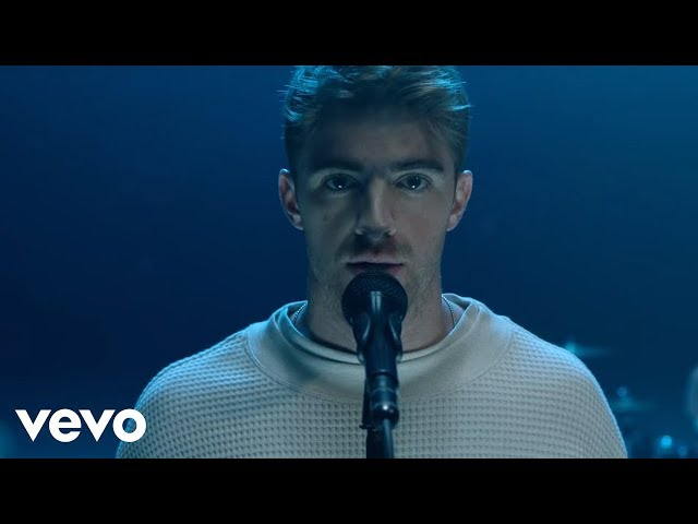 The Chainsmokers presenta su nuevo tema Sick Boy