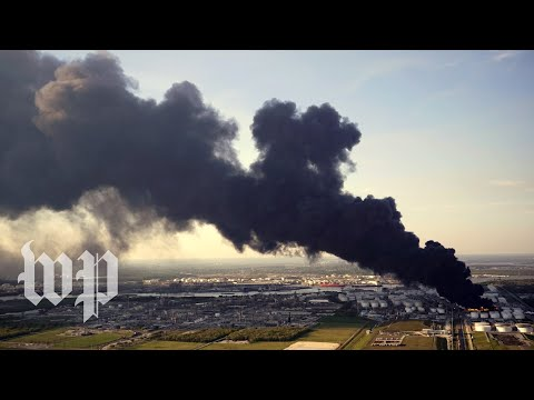 Concern over air quality grows as plumes of black smoke cover Houston