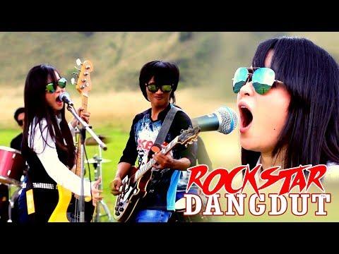 KEREN,Tampil Beda!! ROCK Rasa DANGDUT_SKAK_MAT_ Yuli Kdi ft. Akbar Music