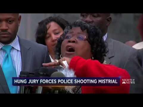 Judge Declares Mistrial Over Police Shooting Death of Walter Scott