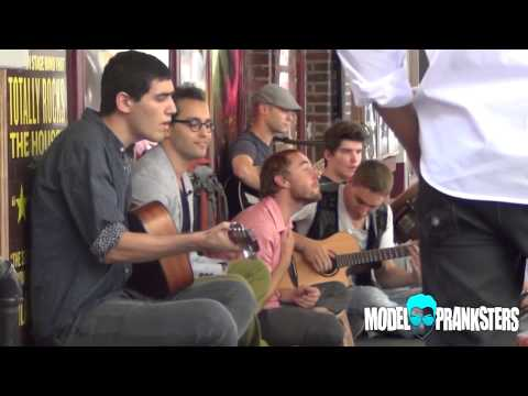 Raising Money for a Homeless Man Thru Song - Zalman Krause