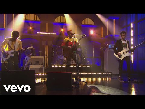 Kings Of Leon - Find Me  From Late Night with Seth Meyers