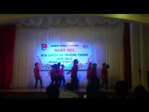 Dân vũ Chocolate- chicken dance- té nước- gentleman