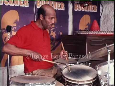 Jo Jones, a magician on drums, in Caravan