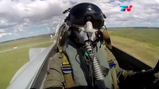 Aviones Mirage argentinos se despiden en Tandil - TN Varieté