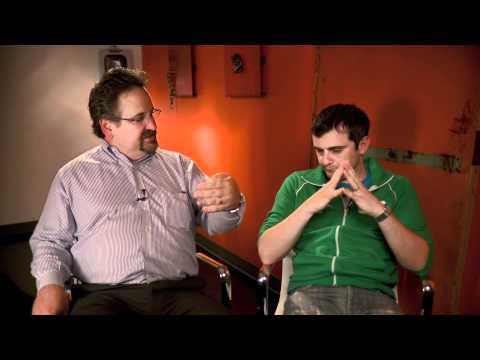 Gary Vaynerchuk sits down with Rob McMillan of Silicon Valley Bank at VinTank